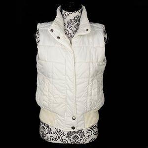 DOLL HOUSE- White Puffer Vest